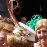 Hoeden en mode op bruiloft in Ronda